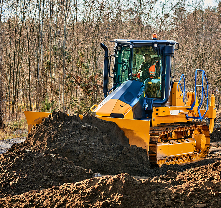 ConExpo 2020: Dressta's all-new TD-16N dozer sets a new benchmark for visibility.